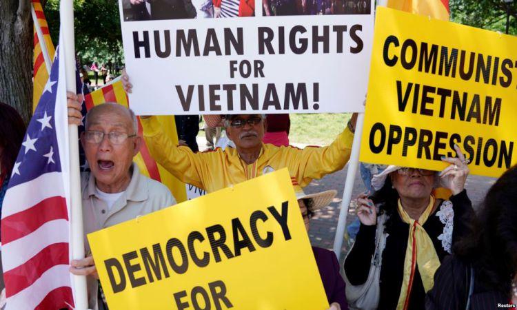 Biểu tình phản đối chuyến thăm Hoa Kỳ của Thủ tướng Nguyễn Xuân Phúc