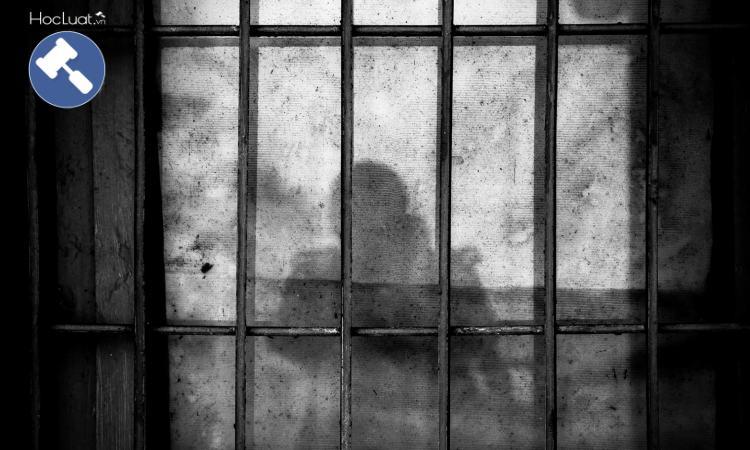 Phạt tù