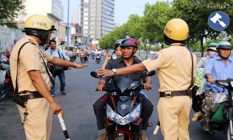 Cảnh sát giao thông (CSGT)