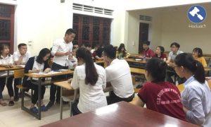 Sinh viên Luật phải giỏi 4 kỹ năng: Nghe, nói, đọc, viết