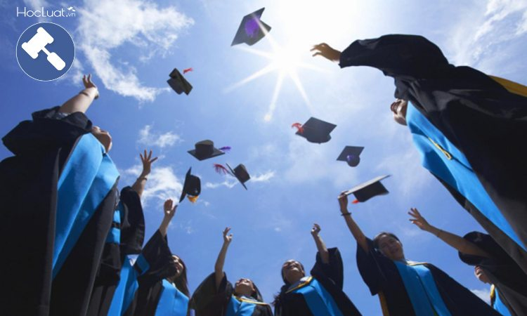 Đừng thi vào trường luật nếu muốn ra trường sớm, có chứng chỉ hành nghề nhanh